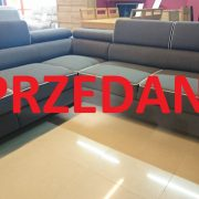 novell naroznik Caya Design z funkcja spania i pojemnikami Studio Komfort Warszawa SPRZEDANE