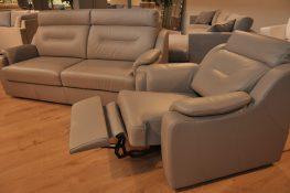 PAPAVERO STUDIO KOMFORT WARSZAWA ZMIANA EKSPOZYCJI sofa z funkcją spania fotel z relaksem skóra naturalna fotel relaks